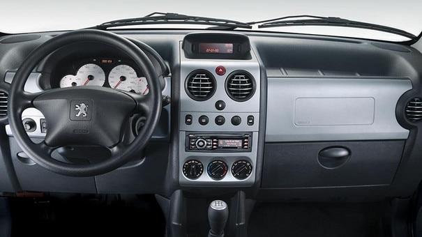 Diseño-Interior-Peugeot-Argentina-Partner-Patagonica
