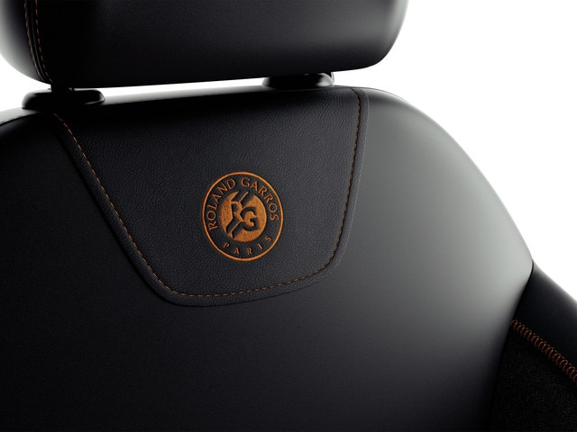 Placer sensorial - Materiales - Detalles asientos Peugeot 208 Roland Garros