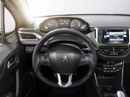Interior-Peugeot-Argentina-2008