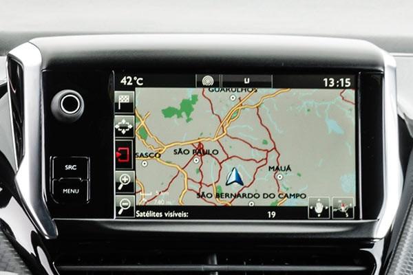 Peugeot-Argentina-208gt-Tecnologia-Mirrorscreen
