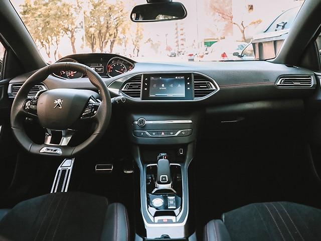 i-Cockpit ® Peugeot 308 S
