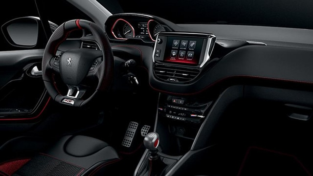 Interior-Peugeot-Argentina-208-GTi